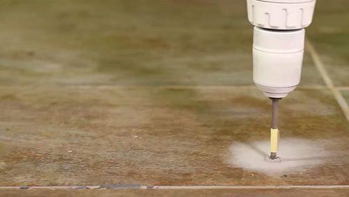 Как правильно класть напольную плитку
