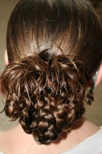Плетение кос на длинные волосы. Прически для девочек в школу, греческая, объемная, французские