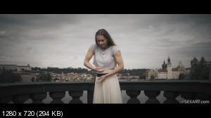 Mia Split, Nick Ross - Ballerina [720p]