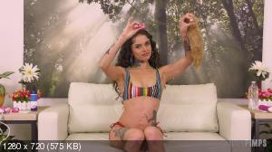 Vanessa Vega - Vanessa Vega Will Lactate On You LIVE! [720p]