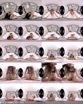 VirtualTaboo: Lina Luxa (Shocking! Sister Gets Tricked! / 03.12.2019) [Oculus | SideBySide] [1920p]