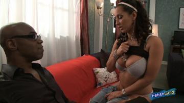 Slutty curvy brunette enjoys rough pussy fuck with black guy (2020) 1080p