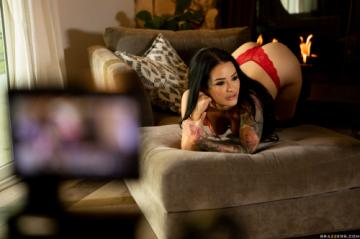 Katrina Jade - Day With A Pornstar: Katrina Jade (2020) 1080p