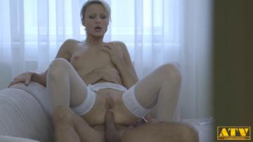 Samantha Jolie - Horny Blonde Wants Big Cock In The Ass (2020) 720p