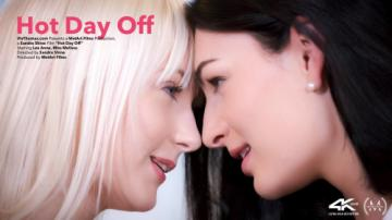 Lee Anne & Miss Melissa - Hot Day Off (2020) 720p