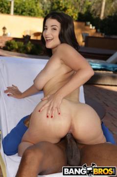 LaSirena69 (Busty Latina Pounded By BBC) (2020) 1080p