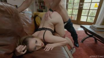 Laney Grey (Family Dispatch Unit Kiss And Make Up) (2020) 720p